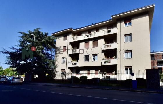 Trilocale via Felice Cavallotti 144, Monza